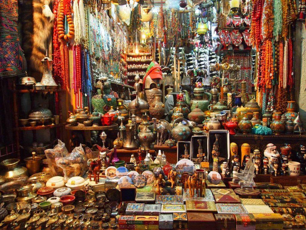 بازار کورنیش و سنتی مطرح عمان