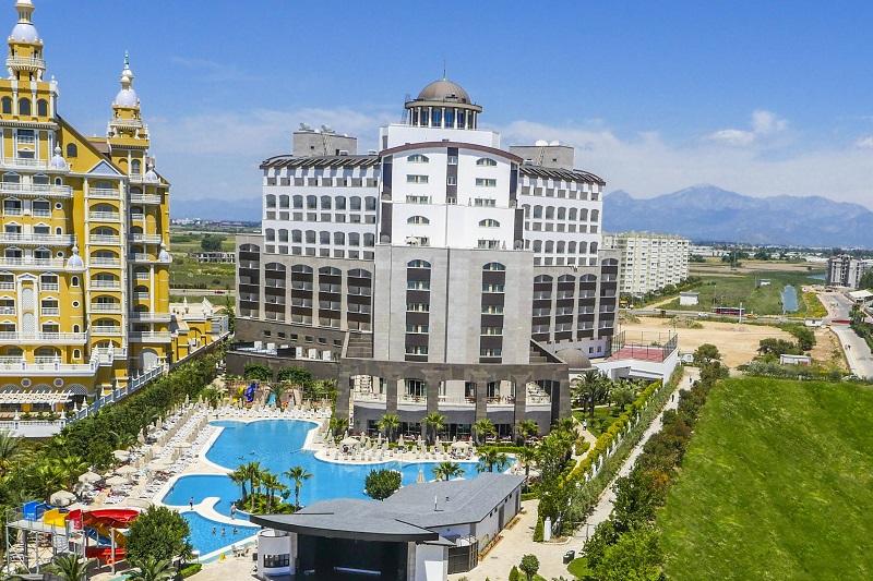 هتل ملاس لارا آنتاليا