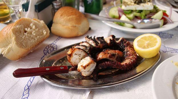 10 غذایی که باید در ازمیر امتحان کنید